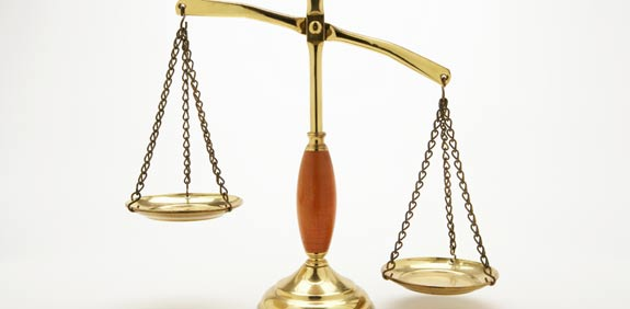 law scales  index  image: thinkstock